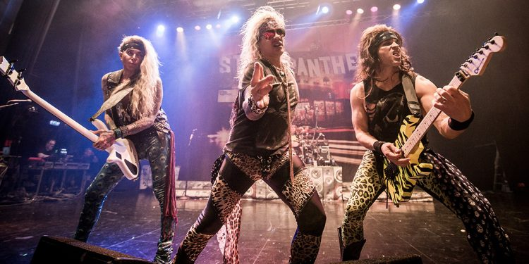 Steel Panther-8626 crop