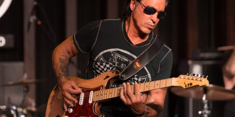George Lynch (Sweet/ Lynch video shoot). Photo By Alex Solca.