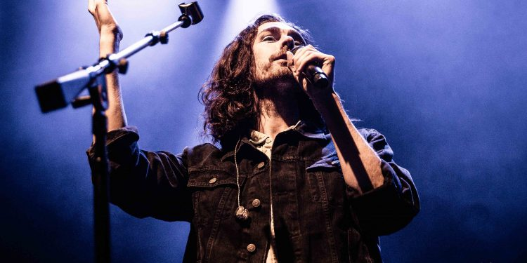 Hozier-by-Anne-Marie-Forker-7762