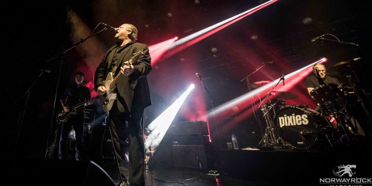 Pixies-by-Anne-Marie-Forker-8161