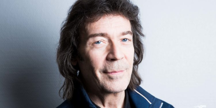Steve-Hackett-by-Anne-Marie-Forker-9357
