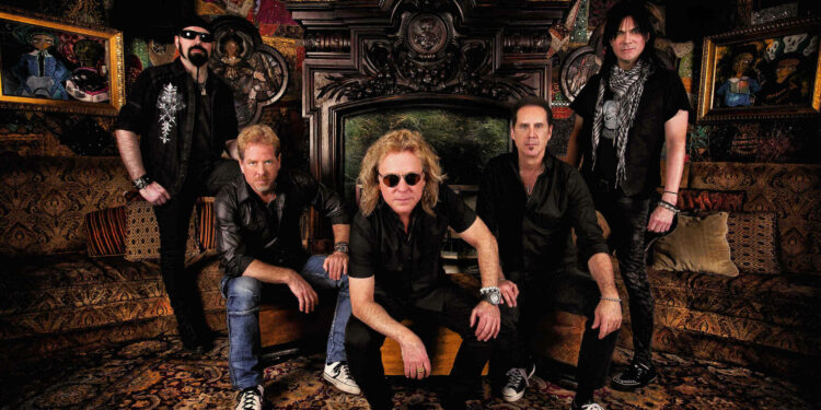 Nightranger Band backstage at Chicago House of Bluse May 2016 © Ash Newell Photography