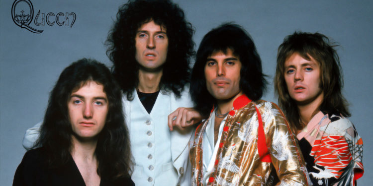 Wallpaper-Queen-band-members-concert-action-1920x1200-.jpg